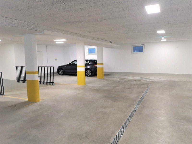 Tiefgaragenparkplatz in Mauren