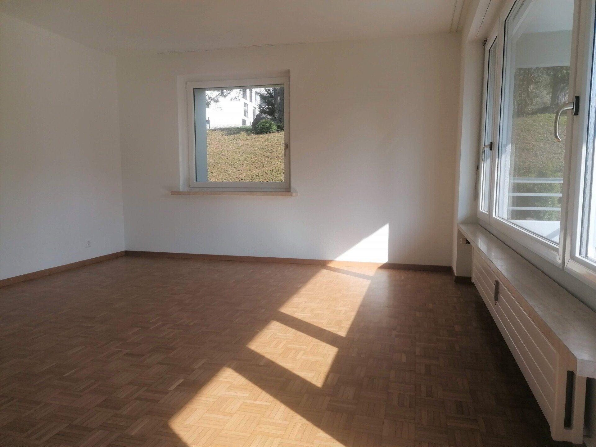 neu renovierte 4.5-Zi.-Wohnung an ruhiger Wohnlage